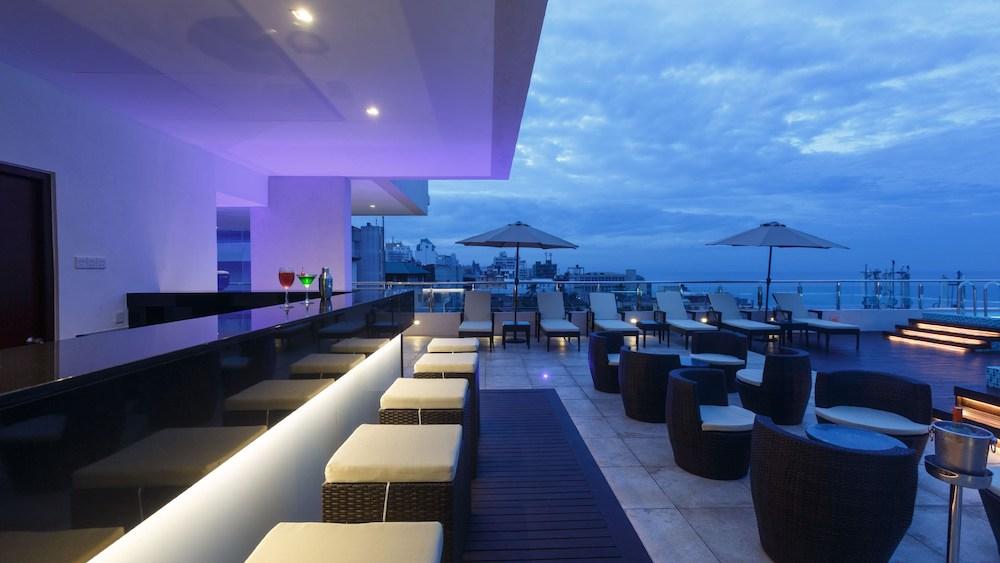 renuka-city-hotel-pool-cafe-rooftop-lounge copy